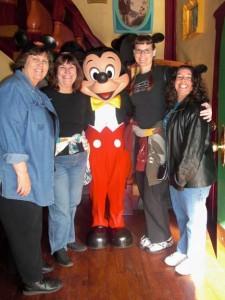 Mom, Aunt Bonnie, Mickey, Me, Elyse