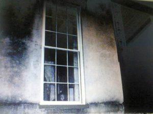 432 Abercorn ghost